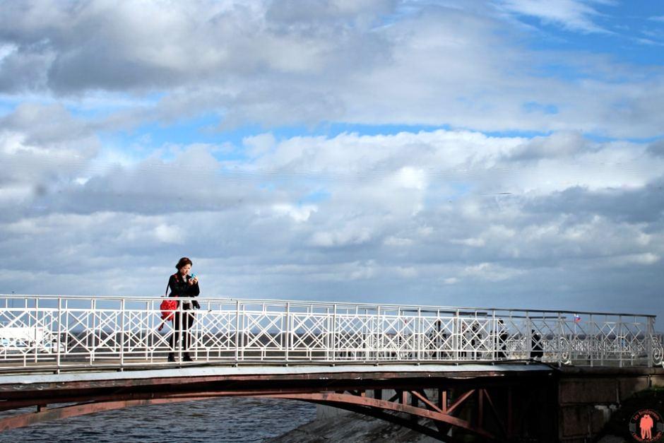 Palais de Peterhof-Attente-Pont