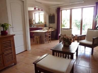 photo de la cuisine vue du séjour
