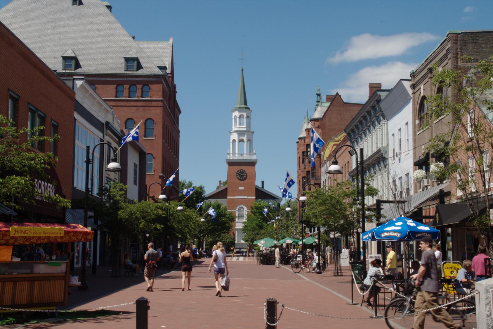 Burlington a voulu souligner à sa façon la fête du Québec