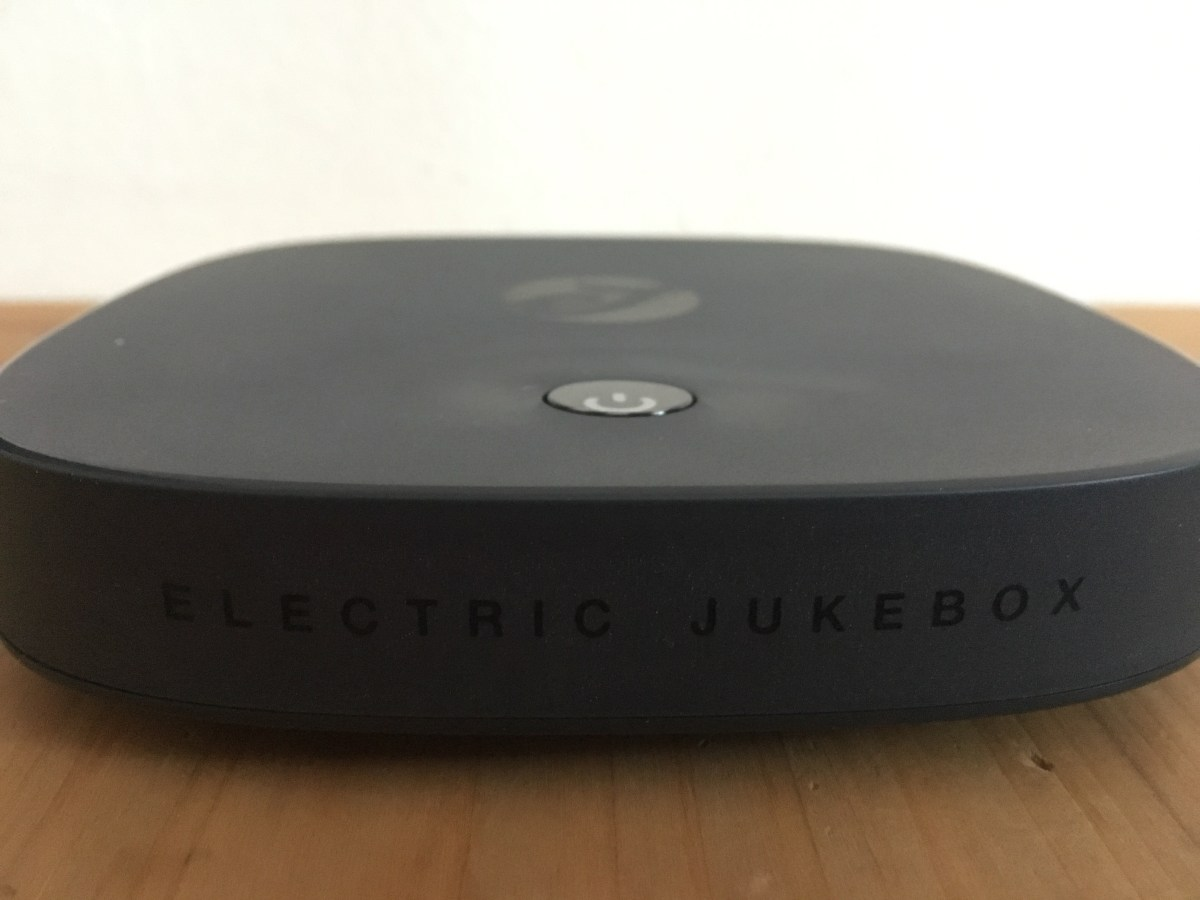 Roxi: Music Streaming and Karaoke by Electric Jukebox: Review
