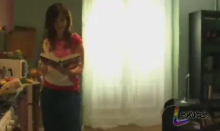 Chica busca Chica resumen de episodio 1×10 «Mónica al borde de un ataque de nervios»