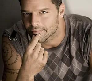 Ricky Martin sale del armario