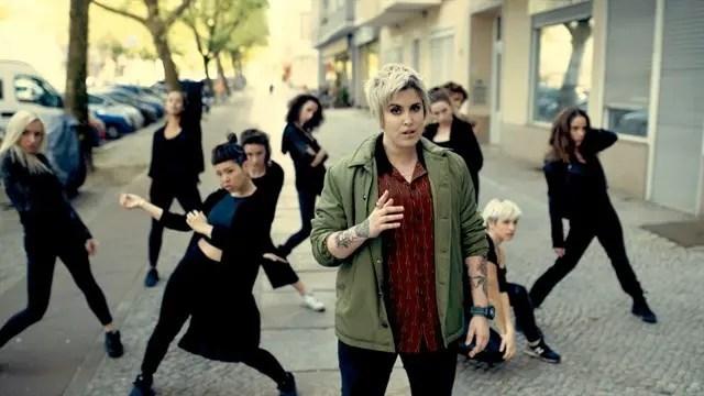 """Melo Moreno estrena vídeo para su canción  """"One More River"""""""