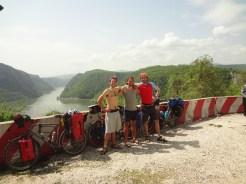 L'Iron Gate, passage le plus étroit du Danube. ( 150 mètres de largeur pour 90 de profondeur!)