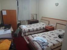 Petite chambre d'hôtel qu'on s'est vu offrir par la gendarmerie.