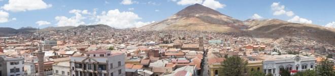 Le Cerro Rico surplombant la ville de Potosi