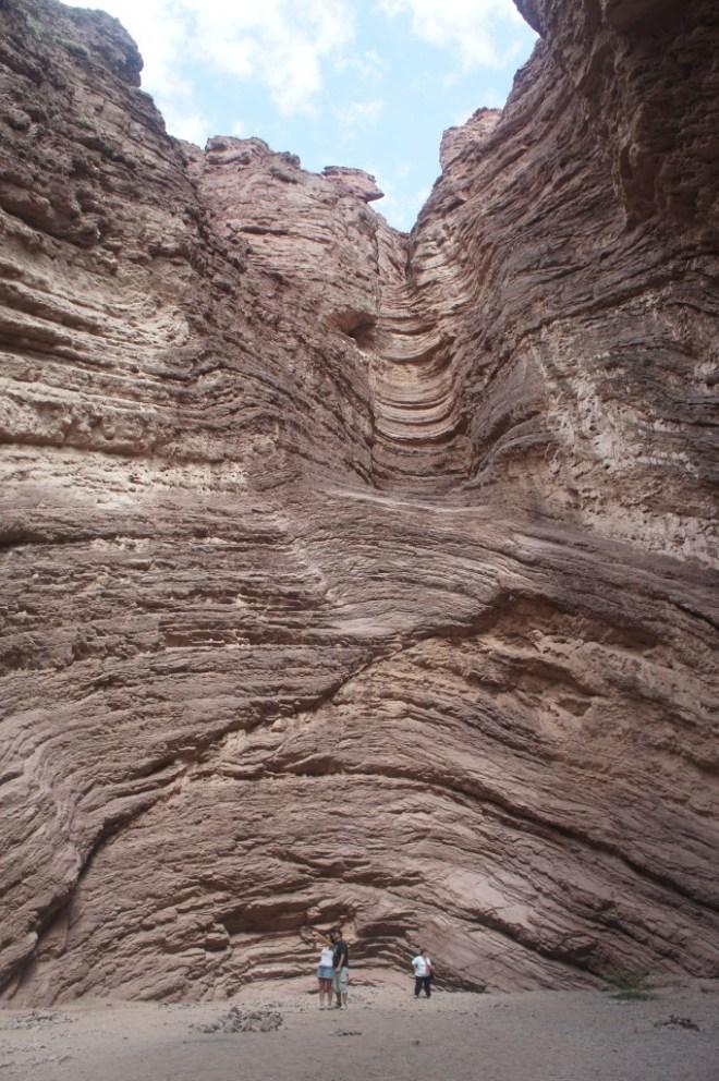 La quebrada de las conchas regorge de curiosités géologiques. Ici, l'amphithéâtre creusé par un ancien lac