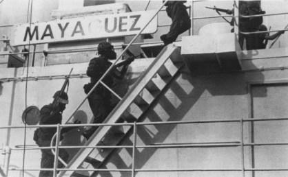 Le Marines libèrent le Mayaguez