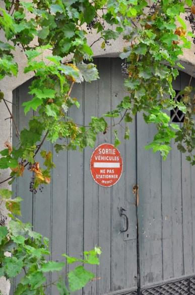 Porte de sortie de véhicule en Arles