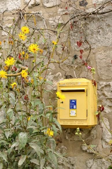 Une boîte aux lettres à Giverny