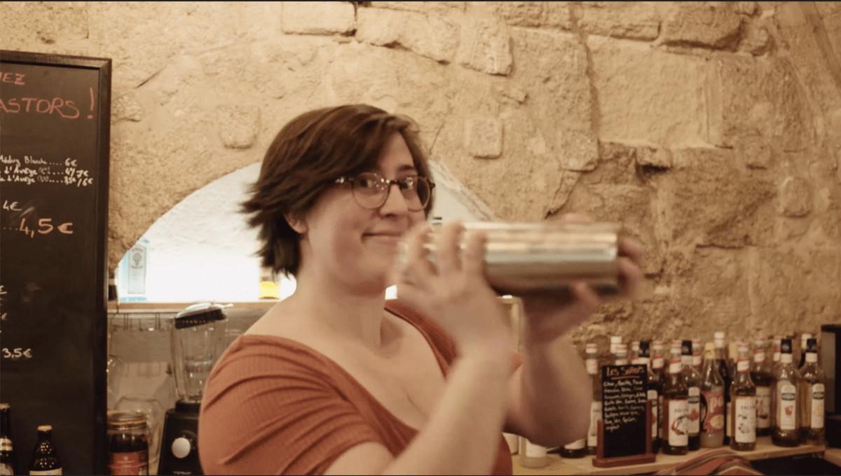 Barmaid du Bar à Jeux Les Castors à Montpellier