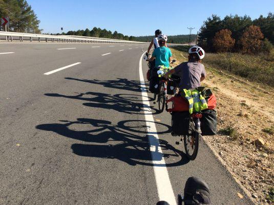 Pistes cyclables turques en 2 x 3 voies !