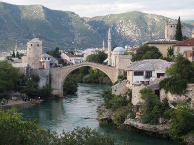 """Le fameux """"stari most"""" de Mostar (Bosnie-Herzégovine)"""