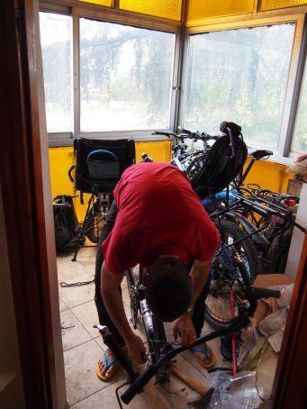 Démontage des vélos