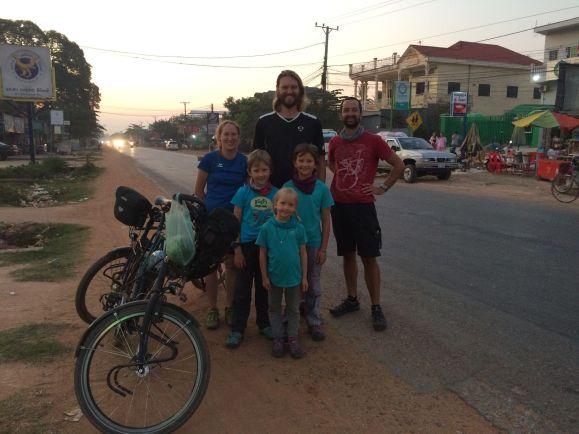 Un couple de cyclotouristes Allemands croisé à 4 reprises !