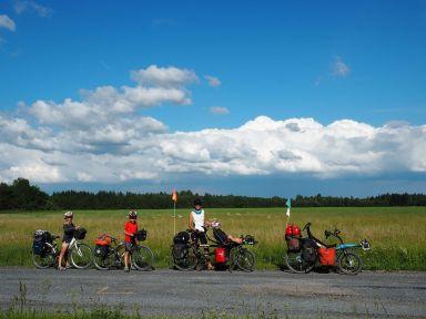 Sur les routes rurales estoniennes