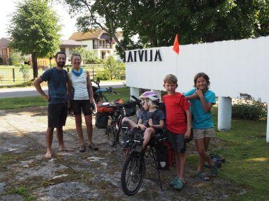 L'air de rien, nous arrivons en Lettonie