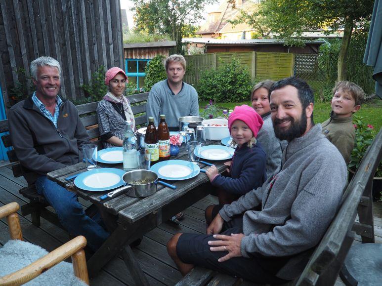 Encore un super accueil grâce à Jonas, Marjane et le papa de Jonas.