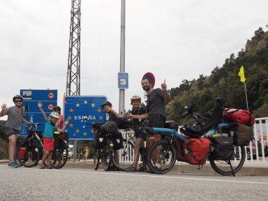 Arrivée en Espagne par le Perthus