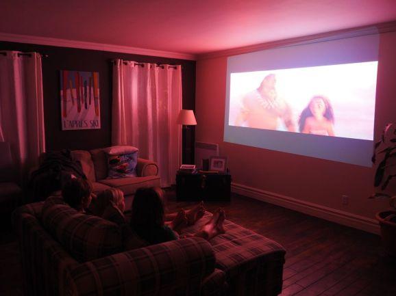 Séance cinéma pour les enfants ... accueil grand luxe !