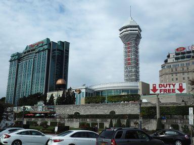 Côté face : le liquide coule a flot aussi ... dans les casinos !