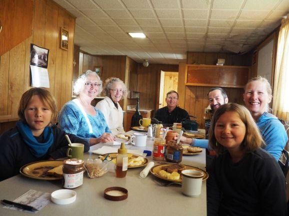 Avec les membres actifs de la paroisse