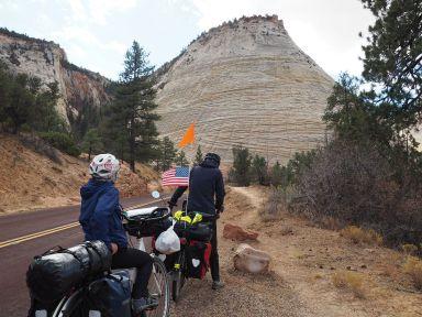 Cette étonnante montagne rayée dans les deux sens est appelée checkerboard
