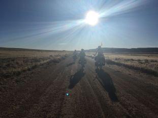 Seuls sur les routes désertiques