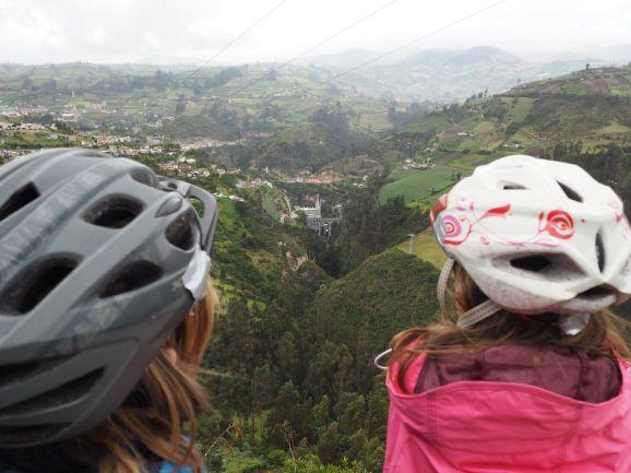 Le sanctuaire de Las Lajas au fond de sa gorge