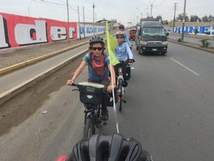 Après le bus un peu de vélo en direction de Paracas