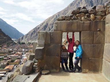 Visite des ruines d'Ollantaytambo. C'est beau mais on commence à avoir compris comment les incas assemblaient les pierres ...