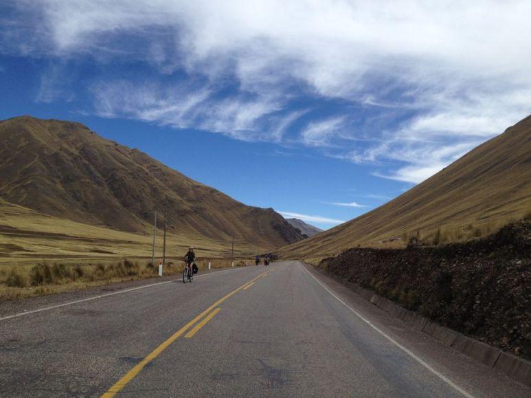 En route vers l'altiplano: ça grimpe