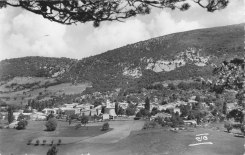 Col Maur Vue générale Lesches-en-Diois 1960