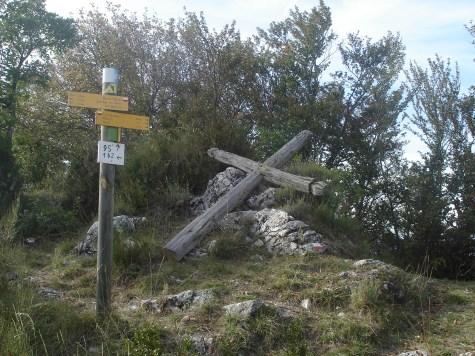 col Lagier poteau de direction d'itinéraires