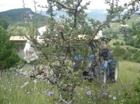 Arrêt du tracteur vers Chaitieu