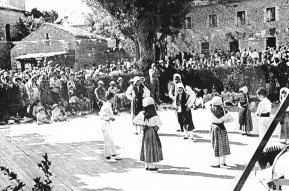 15.08.1957 Folklore