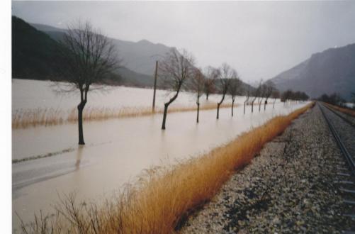 La Drôme inonde la route 01.1994