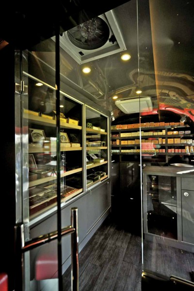 airstream cigar, caravane cigare, mobile cigar