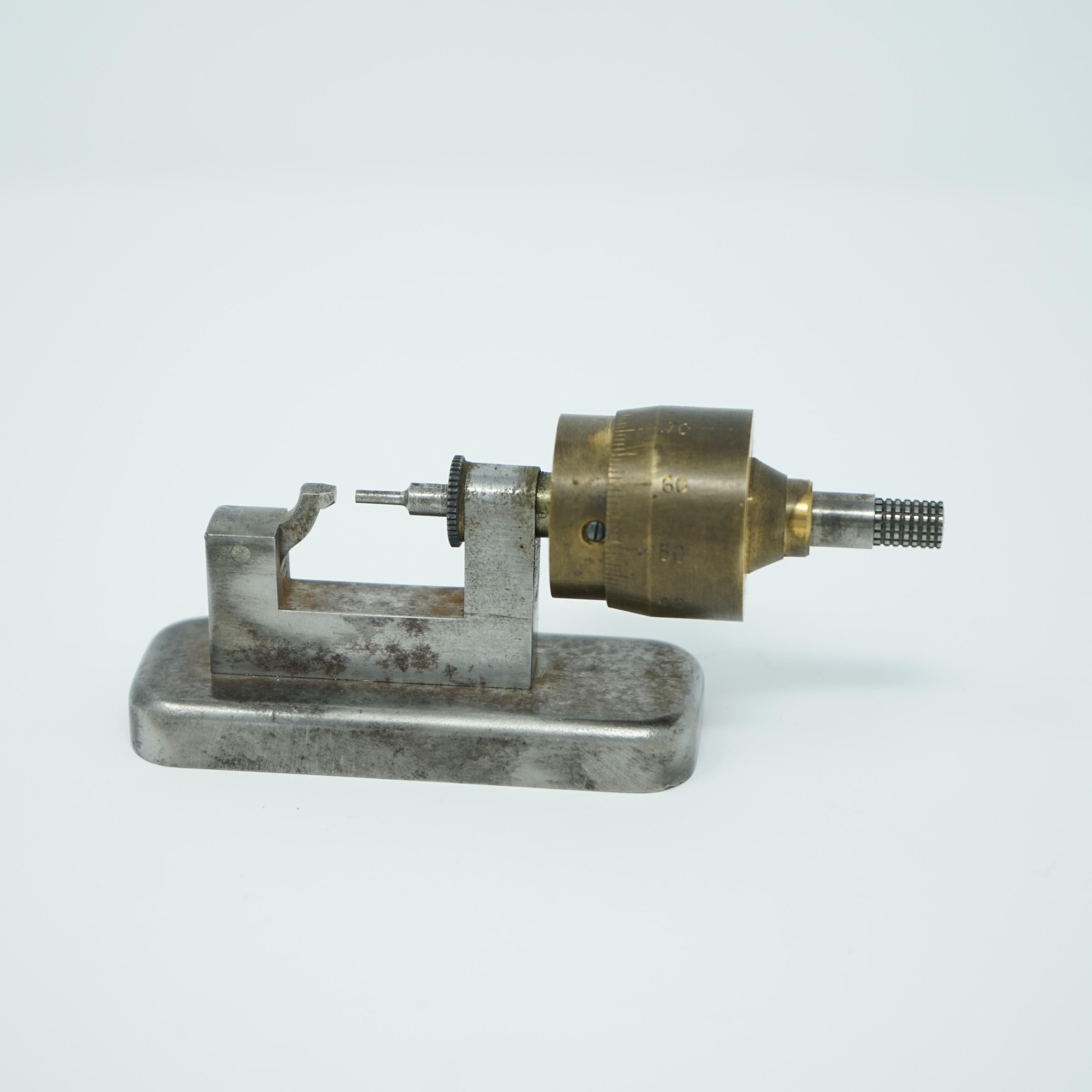 Micromètre d'Établi en Acier et en Laiton