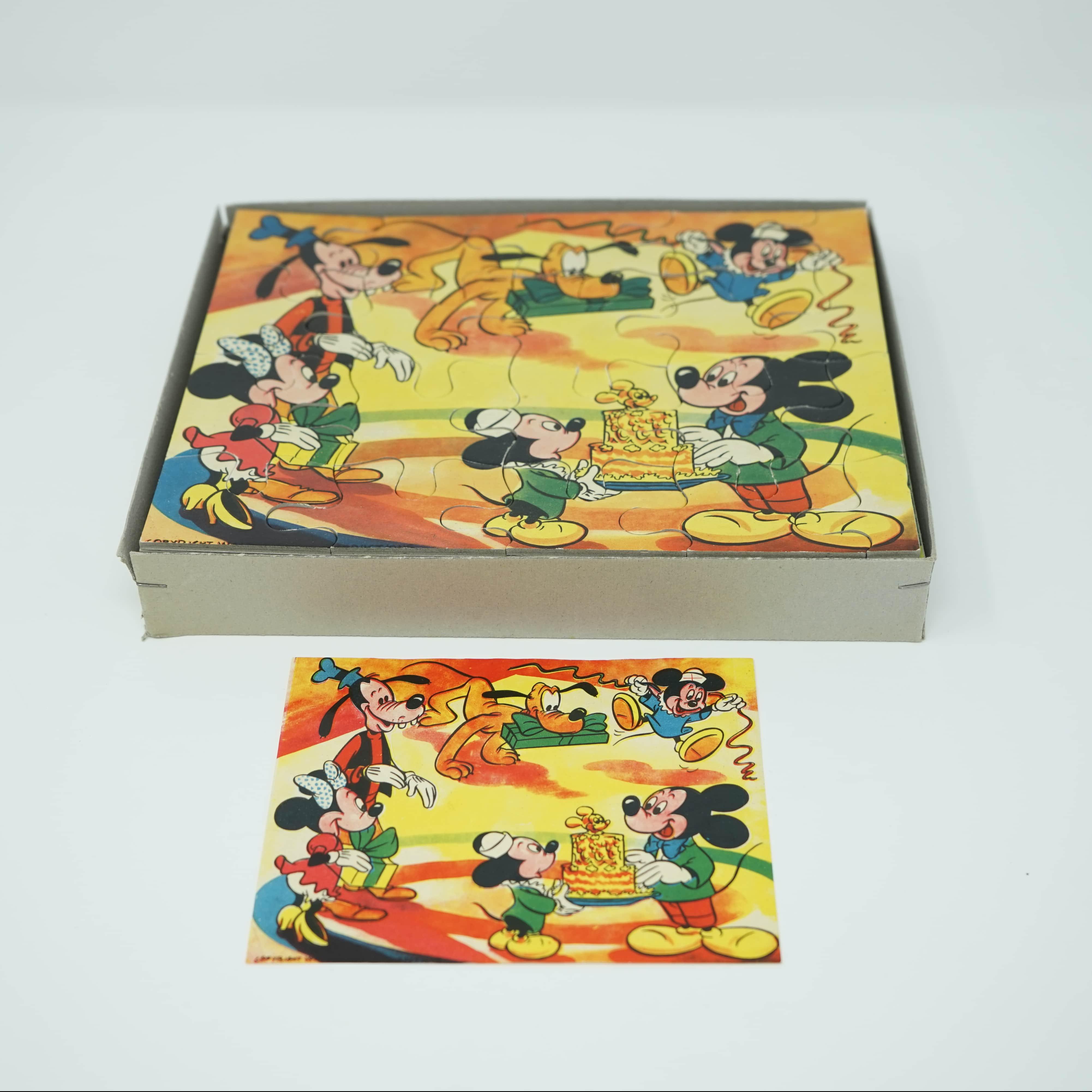 Deux Puzzles Anciens Walt Disney