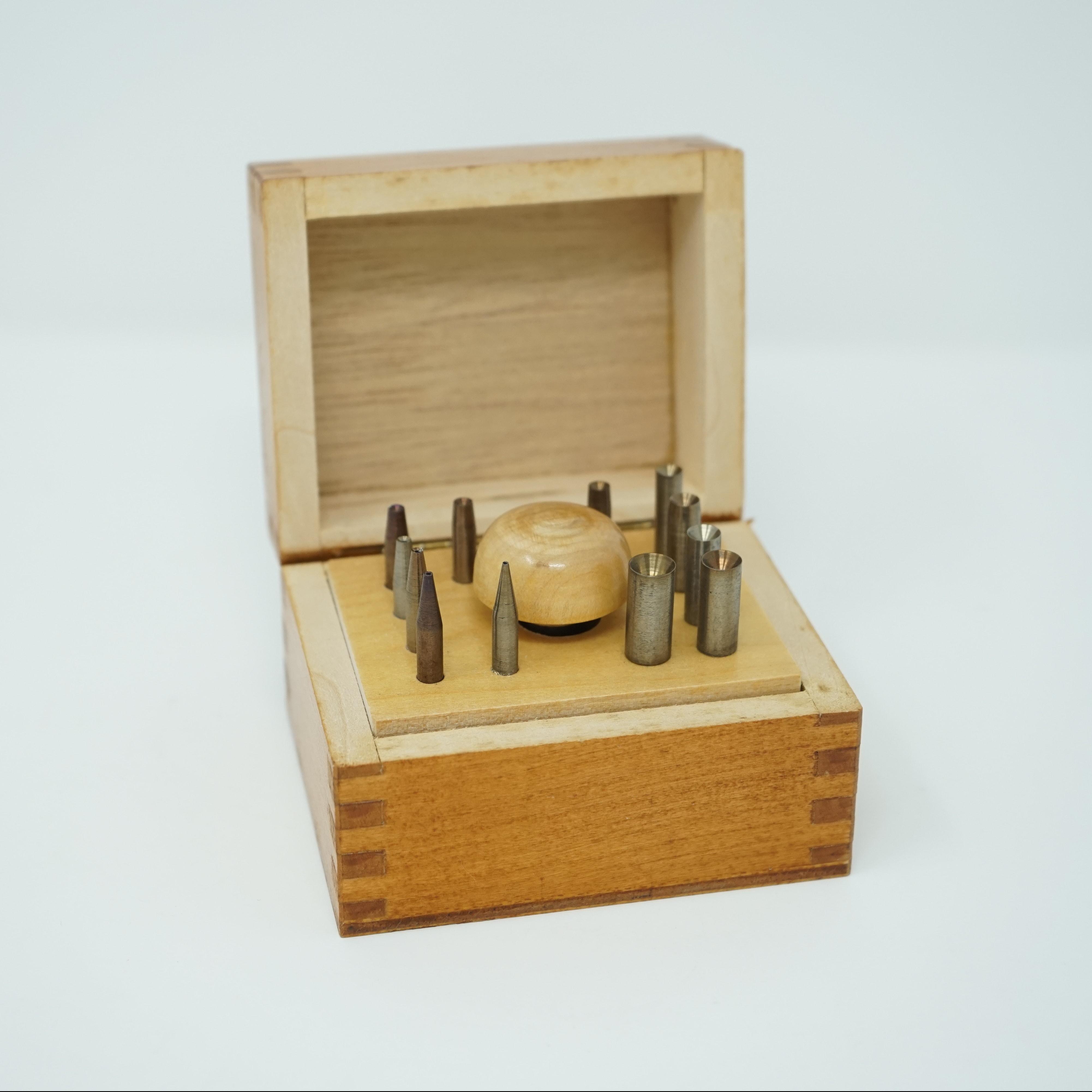 Endouilloirs Outils Anciens Dans Leur Boîte