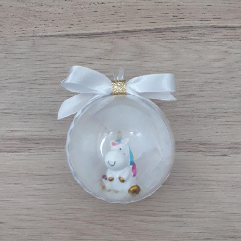 Petite boule décorée à la main. Motif : boule licorne blanche
