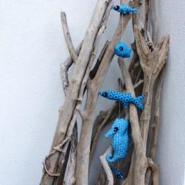 suspension aquatique, mobile sur fil, peche à suspendre, création textile fred Petit, pièce unique