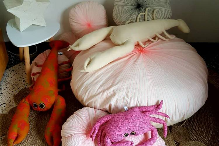 coussin oursin, pouf déhoussable, coussin crabe, coussin homard