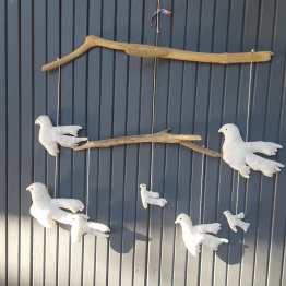 suspension oiseaux, mobile oiseaux, mobile bois flotté, création textile, fred Petit