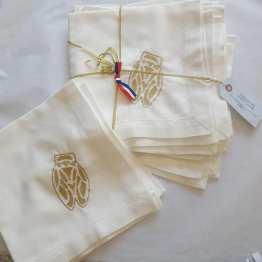 serviettes-en-lin-et-coton-broderies-cigales-or