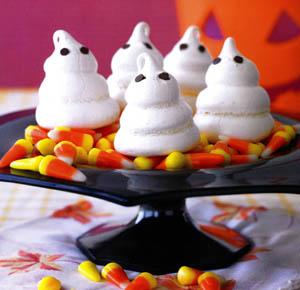 Ghostly Meringues