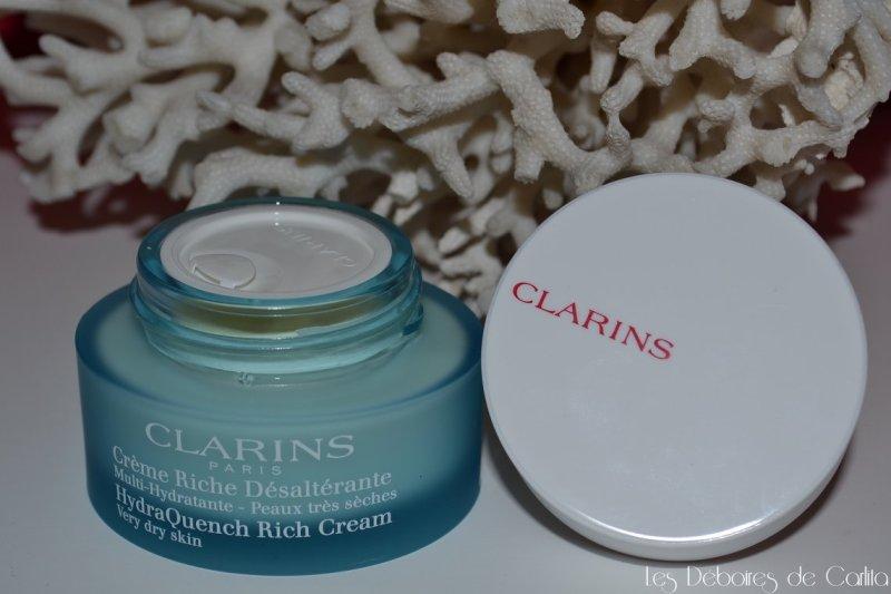 crème riche désaltérante multi hydratante peaux très sèches Clarins Les déboires de carlita