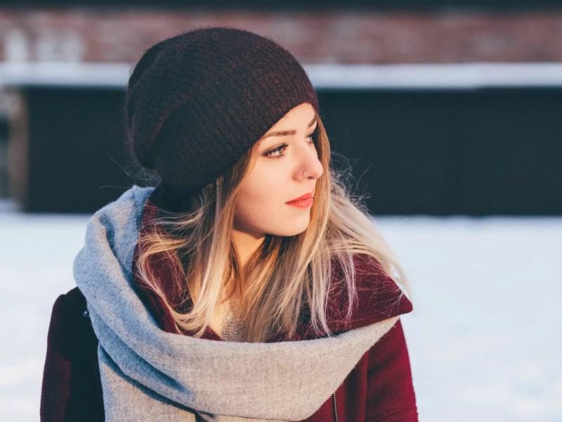 Comment porter un bonnet femme ?