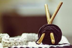 tricot, fil, aiguilles